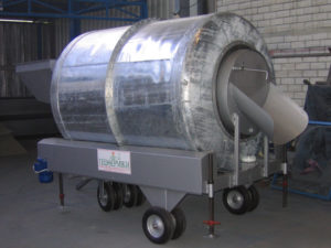 Soil blender with galvanized tank